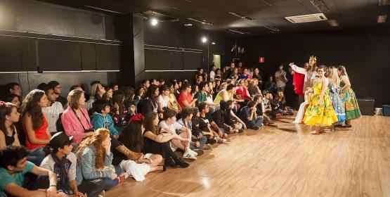 Sarau de Artes Cênicas reúne 38 apresentações em 7 horas de evento