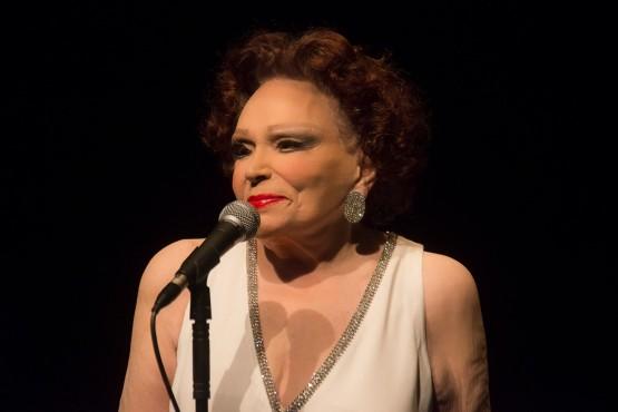 Bibi Ferreira, ícone do teatro brasileiro, morre aos 96 anos no Rio