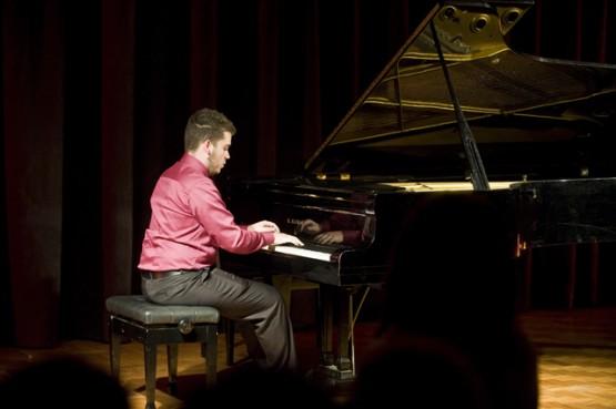 Conservatório de Tatuí apresenta Jovens Solistas de Piano
