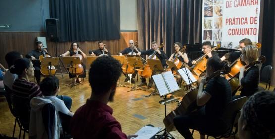 Orquestra Jovem de Violoncelos do Conservatório de Tatuí é atração na Praça da Matriz