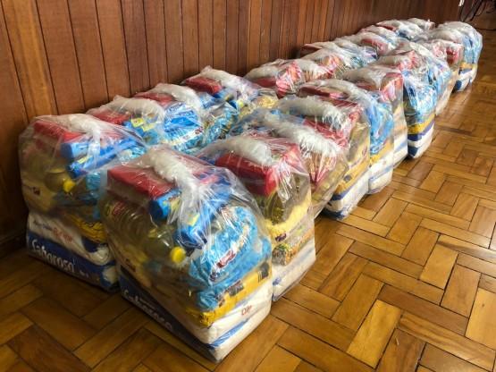 Conservatório de Tatuí entrega cestas básicas a alunos em condição vulnerável